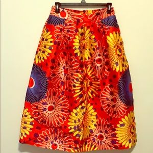 Colorful print skirt with pockets